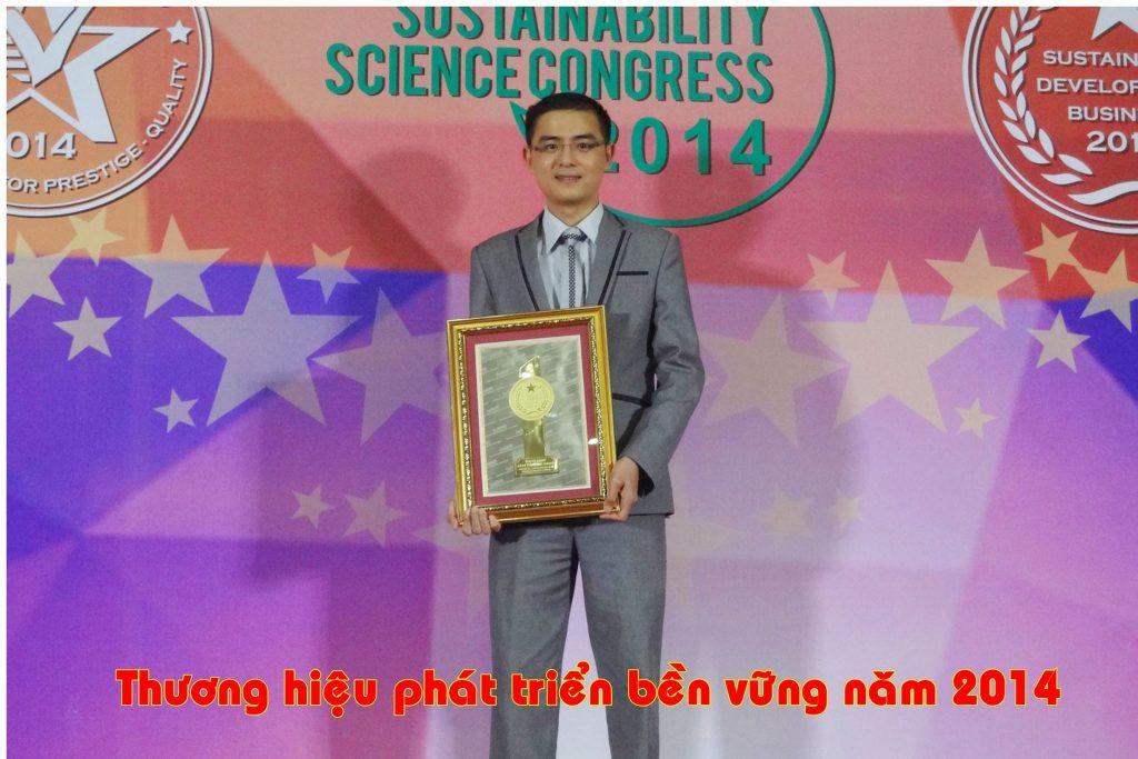 """Daystar vinh dự nhận giải thưởng """"Doanh nghiệp Việt Nam phát triển bền vững 2014"""""""
